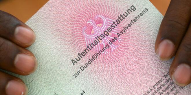 15. Tätigkeitsbericht der Härtefallkommission Baden-Württemberg vorgelegt