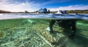 Bergung eines 4.000 Jahre alten Einbaumkanus im Bodensee