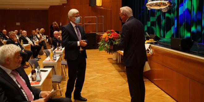 Bezirksverwalter Klaus Pavel verabschiedet sich vom Ruhestand