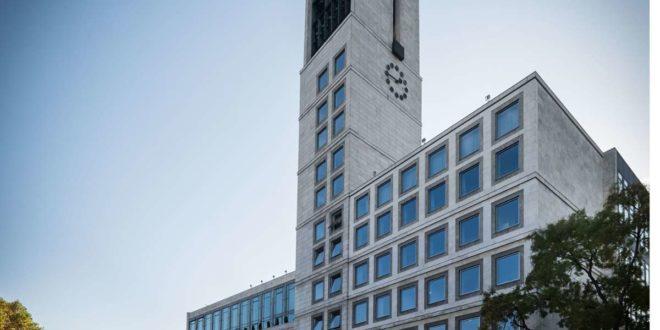 Wer zieht in das größte Rathaus des Landes ein? Frank Nopper von der CDU hat gute Chancen, Veronika Kienzle von den Grünen liegt weit zurück. Foto: Lichtgut/Achim Zweygarth