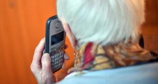 Der Ombudsmann für Opfer des Staates nimmt an der Hotline des Ombudsmanns für Opfer des Bundes teil