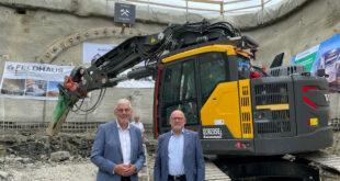 Der neue Tunnel für die Hermann-Hesse-Bahn in Ostelsheim wird gestartet