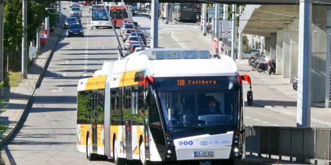 Ergebnisse des Berichts über den öffentlichen Verkehr vorgelegt