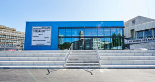 Eröffnung der Kultureinrichtungen in Karlsruhe und Stuttgart