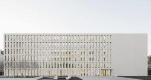 Neubau an das Finanzamt Karlsruhe übergeben
