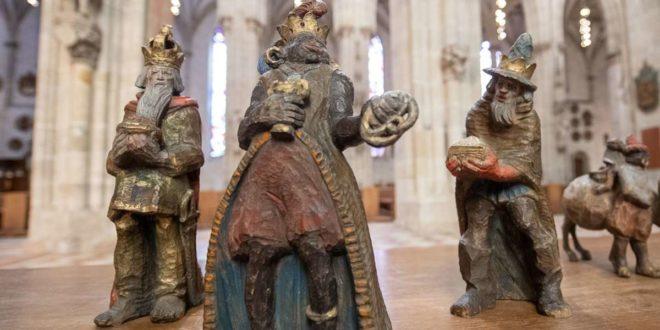 Der schwarze König der Ulmer Münstergemeinde hat hitzige Debatten ausgelöst, weil seine Darstellung rassistischen Stereotypen entsprechen soll. Foto: dpa/Sebastian Gollnow