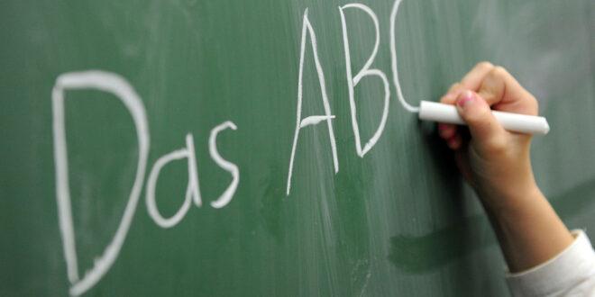 Länderstrategie für Alphabetisierung und Grundbildung für Erwachsene vorgestellt