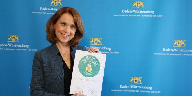 """Land zeichnet Buchhandlungen mit dem Gütesiegel """"Excellent Reading Partner"""" aus"""