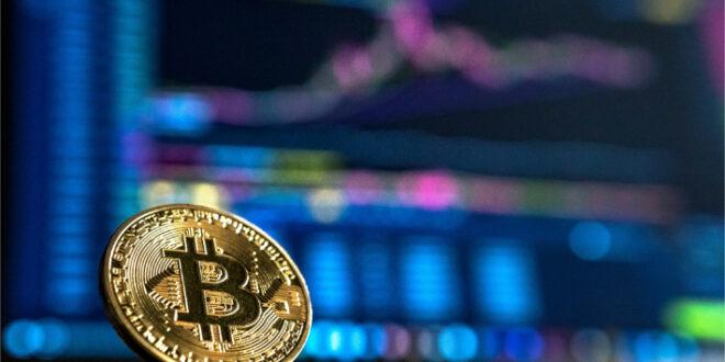 Mit dem Bitcoin-Energieverbrauch FUD verbunden, wehrt sich Garlinghouse