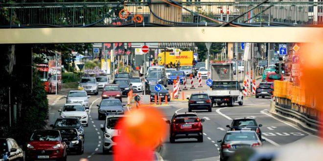 Stuttgart leidet unter dem überbordenden Autoverkehr. Der Wettbewerb um die begrenzten Verkehrsflächen nimmt zu. Foto: Lichtgut/Max Kovalenko