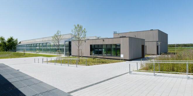 Phytotechnisches Zentrum an der Universität Hohenheim übergeben