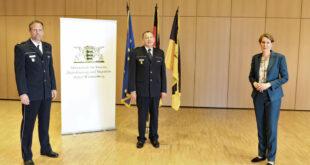 Staatspolizeidirektor Karl Himmelhan geht in den Ruhestand