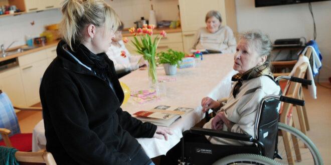Weitere Lockerungen in Pflegeheimen und Krankenhäusern